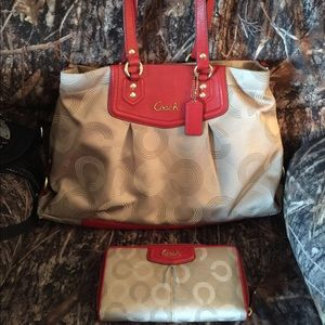 AUTHENTIC COACH MATCHING TOTE SET WONT SEPARATE